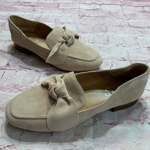 Franco Sarto Womens 6M Light Pink Suede Loafers